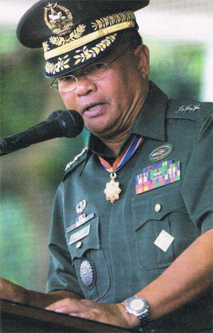 Lieutenant General Jacinto Ligot. Photo from www.army.mil.ph