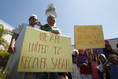 Moro people throwing their support to reclaim Sabah.