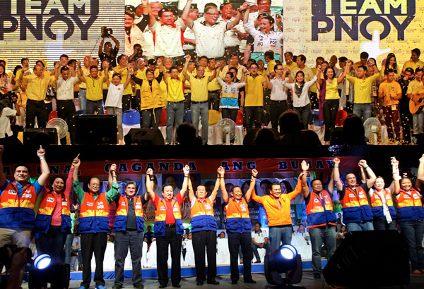 The Team PNoy Coalition (above) and the United Nationalist Alliance (below) coalitions with their senatorial slate.