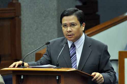 Senator Jinggoy Estrada speaks before the Senate in this undated file photo. Take from www.senate.gov.ph